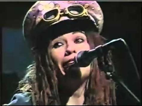 4 non blondes whats up Live In Studio - YouTube