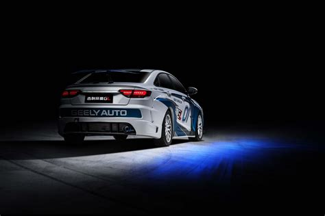 Geely Showcases Emgrand GL Race Car in Super Cup : Geely