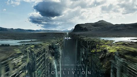 """20 HD wallpapers/screenshots of """"Oblivion"""" with Tom Cruise"""