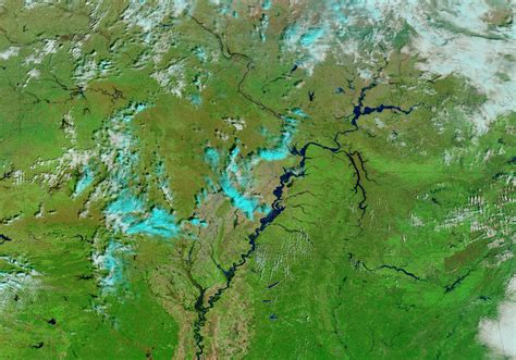 Rising Waters on the Mississippi River : Natural Hazards