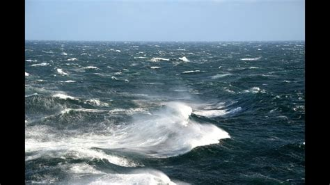 Atlantic Storm, onboard RMS Queen Mary 2 - YouTube