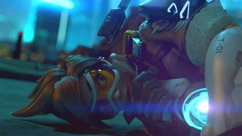 Overwatch trailer pits Tracer vs Widowmaker in a rooftop